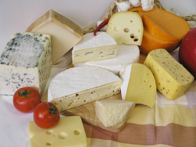 cheese-1-1567602-640x480